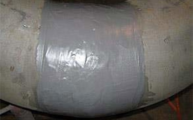 Leaking pipe repaired with Belzona 1211 (E-Metal)
