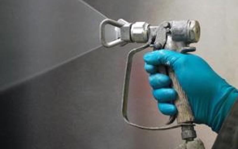 Spray application of Belzona 1381