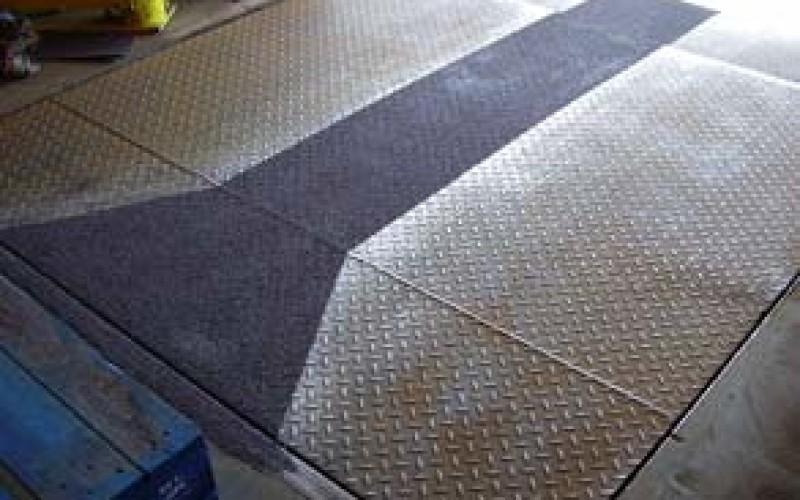 Slip resistant coating Belzona 1821 (Fluid Metal) applied