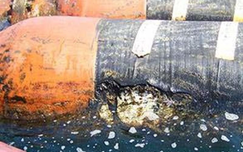 Impact damage on floating hose