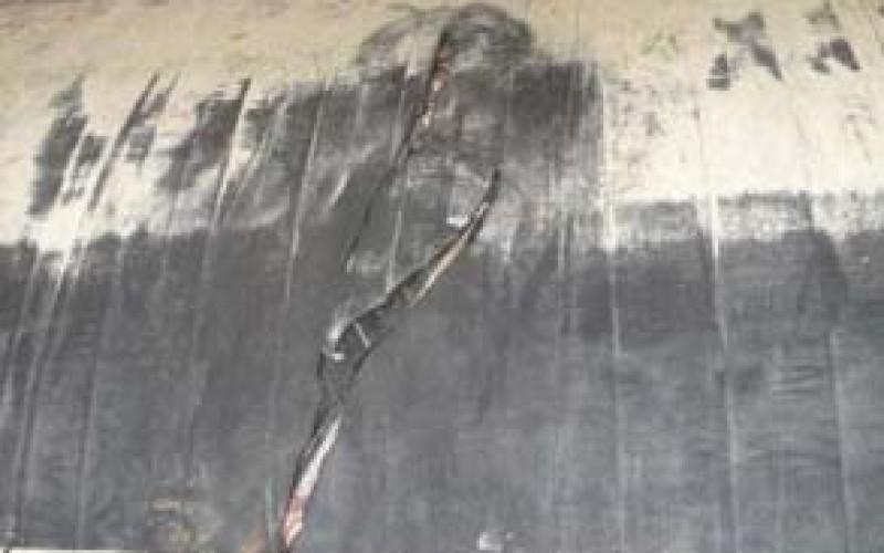Dredger damage to floating hose