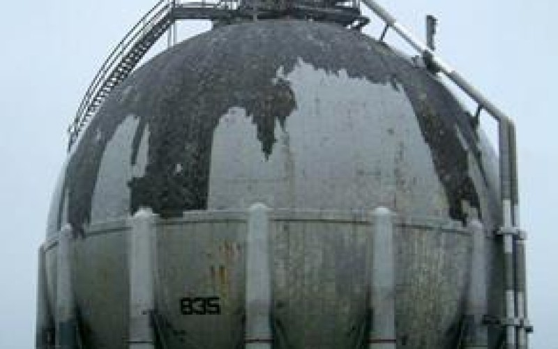 Damaged LNG spheres