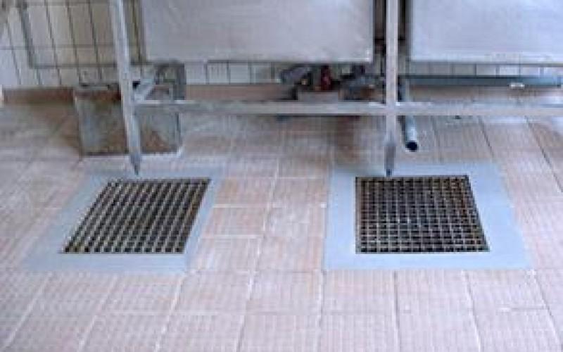 Repair of damaged tiles using Belzona 4111 (Magma-Quartz)