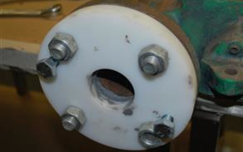 Former bolted onto flange face